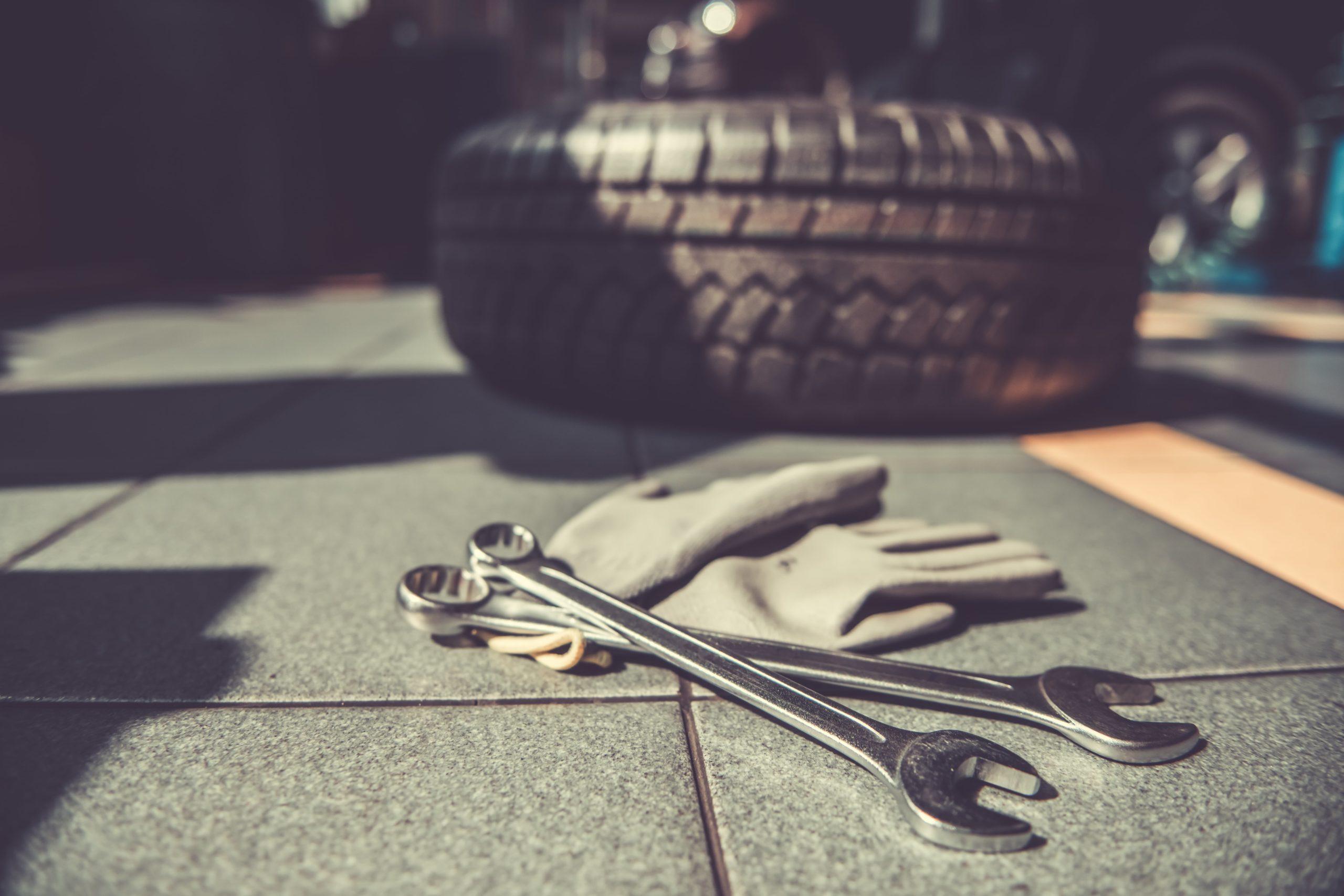 herramientas-útiles-para-llevar-en-tu-vehículo